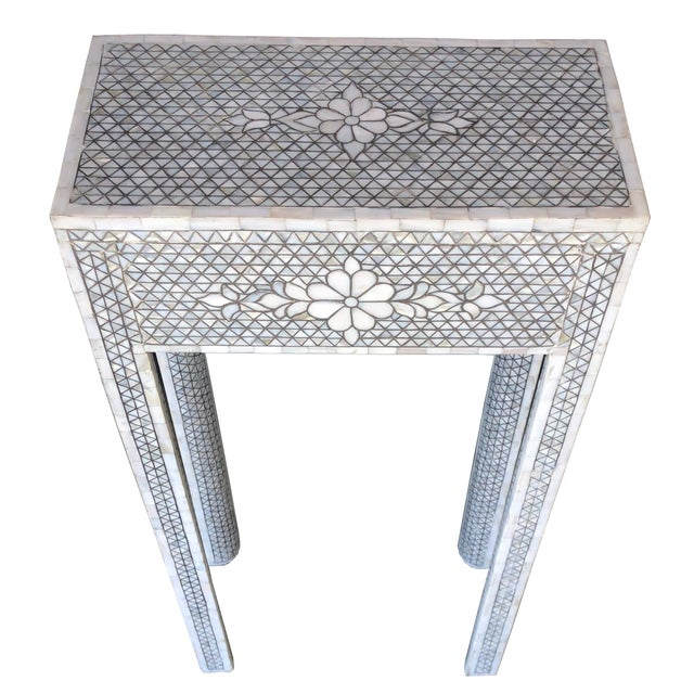 Contemporary Mother of Pearl Inlay Contemporary Side Table For Sale - Image 3 of 8