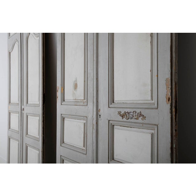 18th and 19th Century French Pair of Louis XV Double Doors in Original Paint For Sale - Image 4 of 12