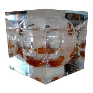 1970s Vintage Hollywood Regency Lucite Globe Ice Bucket For Sale