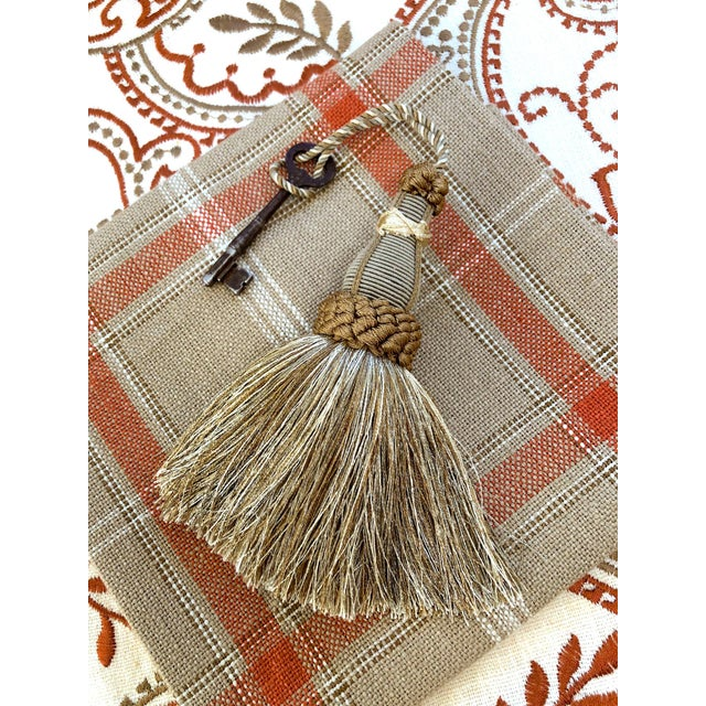 Key Tassels in Khaki and Bronze With Ruche Trim - a Pair For Sale - Image 11 of 12