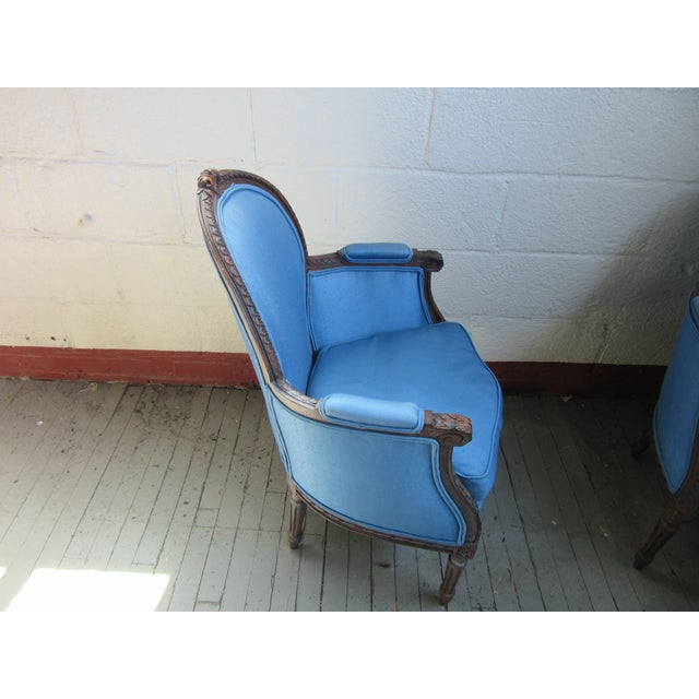 French 1940s Antique Petite French Blue Upholstery Carved Walnut Frame Fireside Chairs or Bergeres- a Pair For Sale - Image 3 of 13