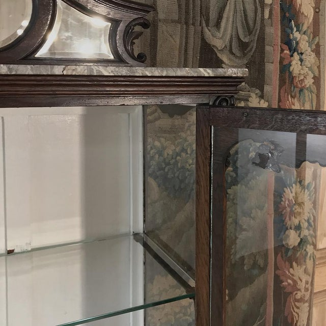 Brown 19th Century French Louis XV Marble Top Vitrine For Sale - Image 8 of 13