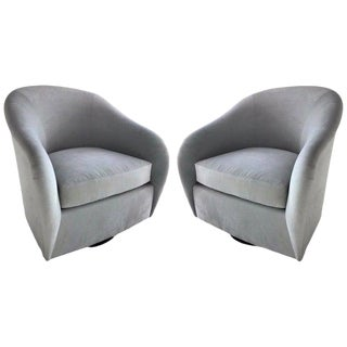 Pair of Mid-Century Modern Swivel Lounge Chairs in Grey Velvet, Circa 1970s For Sale