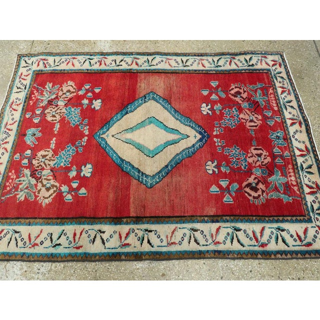 "Vintage Persian Mahal Rug - Size: 3' 8"" X 5' 1"" For Sale In New York - Image 6 of 10"