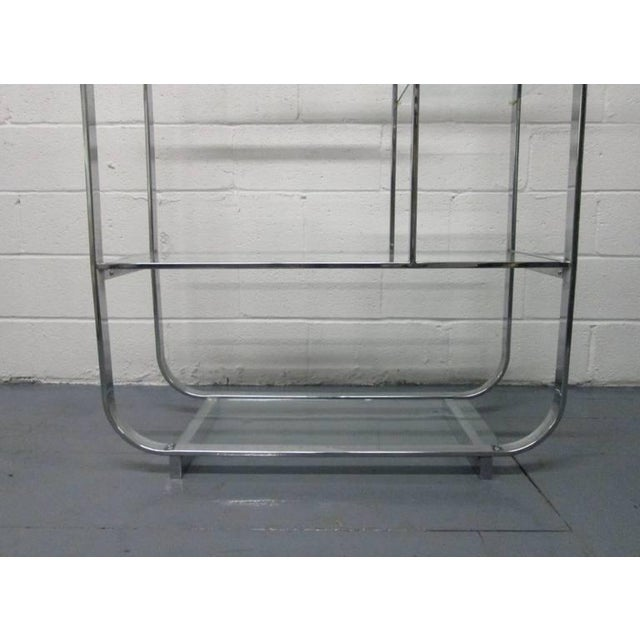 Mid-Century Modern Curved, Chrome Etagere Manner of Design Institute of America For Sale - Image 3 of 4