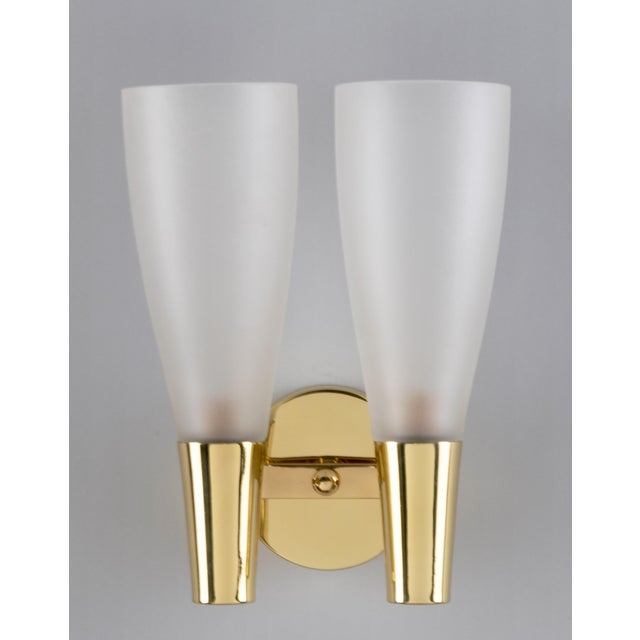 Fontana Arte Pair of Modernist Sconces by Pietro Chiesa for Fontana Arte in Bronze and Glass, Italy 1930's For Sale - Image 4 of 8
