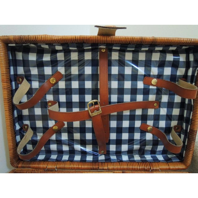Mid-Century Modern Vintage Picnic Basket & Tableware - Service for 4 For Sale - Image 3 of 13