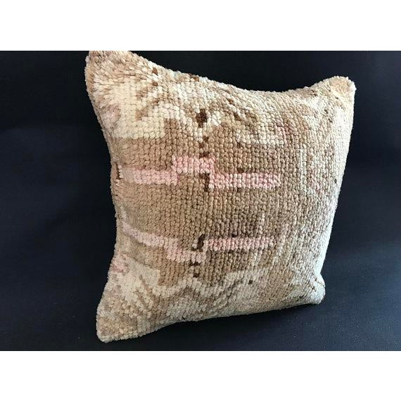 Made from old rugs. Made from organic wool. The rugs we use for our pillows are well washed and ready for your use....