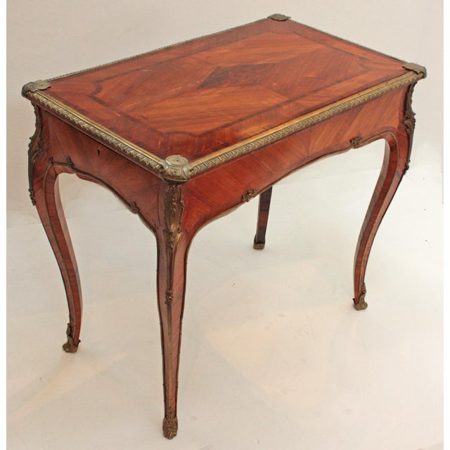 English Louis XV Style Table by Town & Emanuel, London (with surviving paper label) For Sale - Image 4 of 8