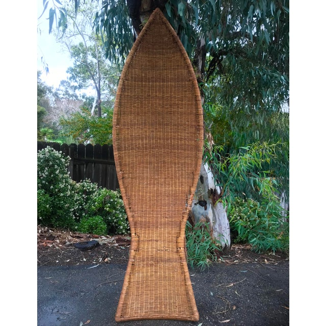 1930s Lina Zervudachi for Elsa Schiaparelli Rattan Bamboo and Brass Wicker Fish Chaise Lounge Chair For Sale In San Diego - Image 6 of 13