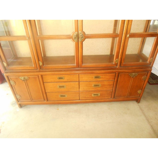 Hickory Mfg. Co. Lighted 2 Piece China Cabinet - Image 5 of 9
