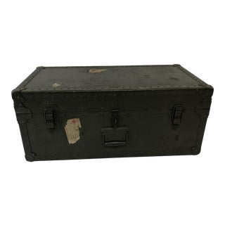 Vintage Industrial Military Foot Locker Trunk With Wood Tray For Sale
