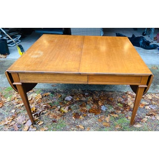 Baker Cherry Dining Table Preview