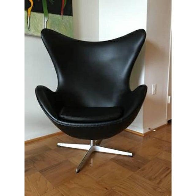 Arne Jacobson for Fritz Hansen Egg Easy Chair & Footstool - Image 4 of 9