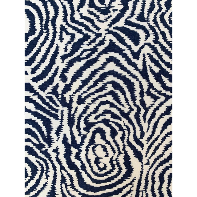 Quadrille Alan Campbell Meloire Reverse Suncloth Fabric For Sale In New York - Image 6 of 6