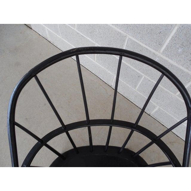 Antique Hoop Back Windsor Armchair For Sale In Philadelphia - Image 6 of 10