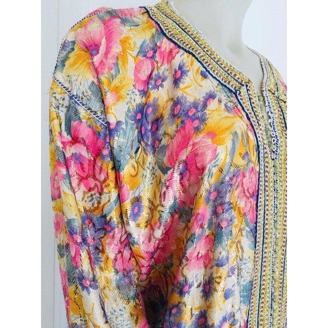 Gold Elegant Moroccan Caftan Metallic Floral Silk Brocade For Sale - Image 8 of 13