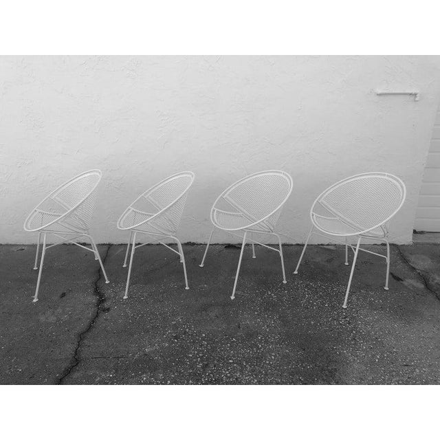 Mid 20th Century Tempestini Salterini 4 Radar Hoop Chairs and Cocktail Table - Set of 5 For Sale - Image 5 of 13