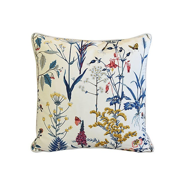 Custom-tailored pillow in vintage unused cotton fabric with a beautiful wildflower design. New neutral-colored 100%...