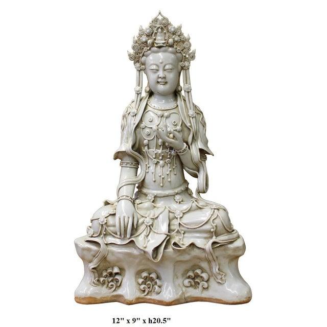 Ceramic Chinese Tong Style Off White Porcelain Kwan Yin Tara Bodhisattva Statue For Sale - Image 7 of 7