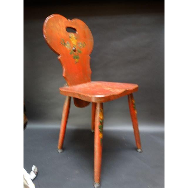 Monterey Classic Red Keyhole Chair - Image 5 of 8