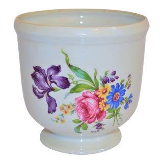 1970s Vintage Mottahedeh Floral Porcelain Cachepot For Sale