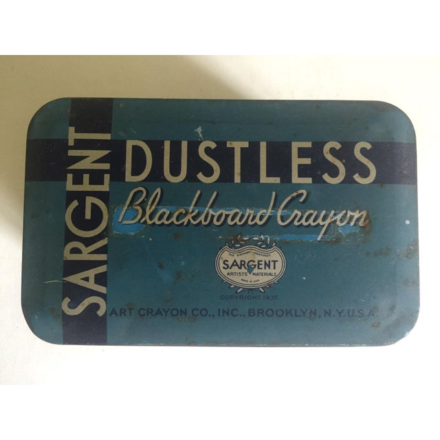 """1930s Rare Vintage 1930's """"Sargent Dustless Blackboard Crayons Brooklyn New York"""" Lithograph Print Tin Box For Sale - Image 5 of 11"""