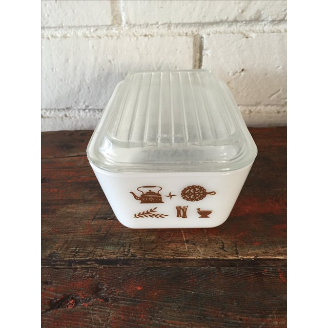 Pyrex Early American Refrigerator Dishes - S/4 For Sale - Image 5 of 7