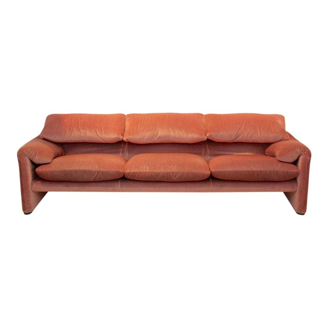 Three-Seat Maralunga Sofa by Vico Magistretti for Cassina, Italy 1973 For Sale