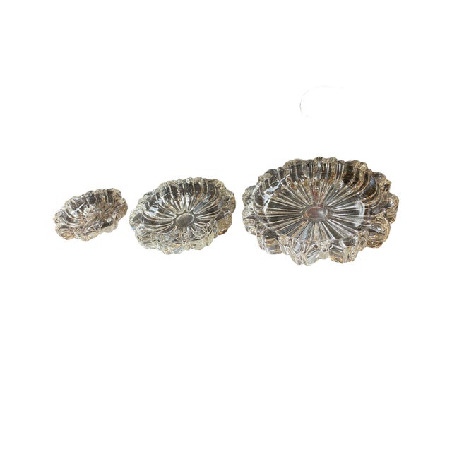 Mid 20th Century Vintage Nest of Ashtrays - Set of Three For Sale - Image 5 of 5