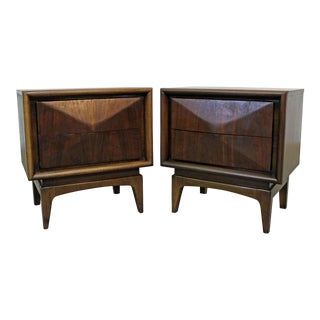 Pair of Mid-Century Modern United Diamond Front Walnut Nightstands For Sale