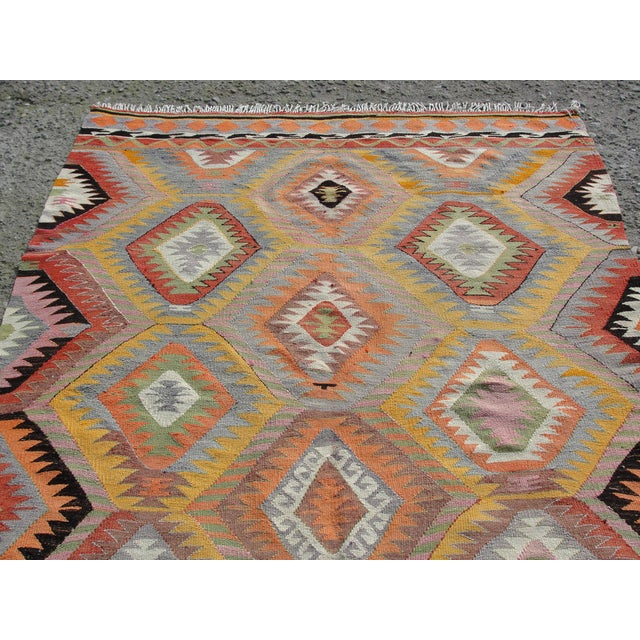 Vintage Turkish Kilim Rug - 5′5″ × 7′10 For Sale In Houston - Image 6 of 11