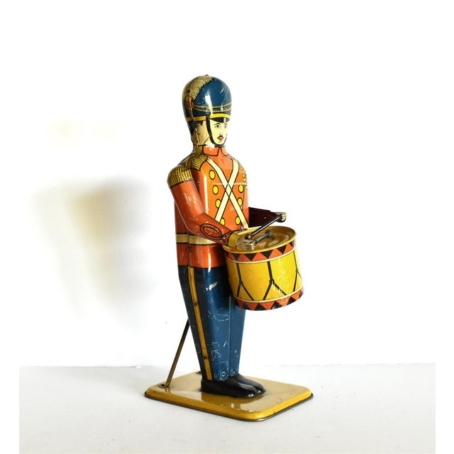 Illustration Antique Working Lithograph Tin Wind-Up Toy Drum Major For Sale - Image 3 of 11