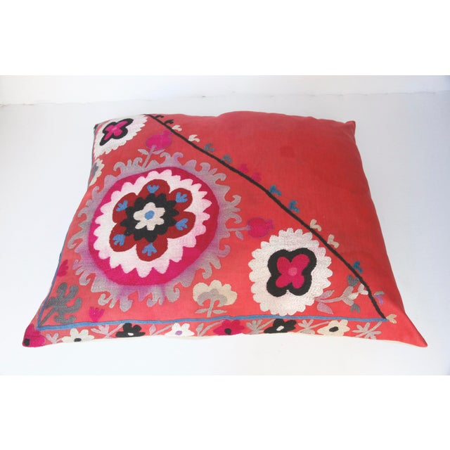 Mid-Century Modern Vintage Needlework Suzani Pillow Cover For Sale - Image 3 of 12