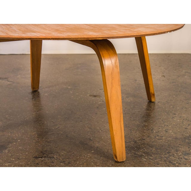 1960s Vintage Eames Molded Coffee Table Wood Base For Sale - Image 5 of 9