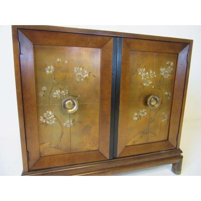 1950s Renzo Rutili Credenza / Cabinet for Johnson Brothers For Sale - Image 5 of 10