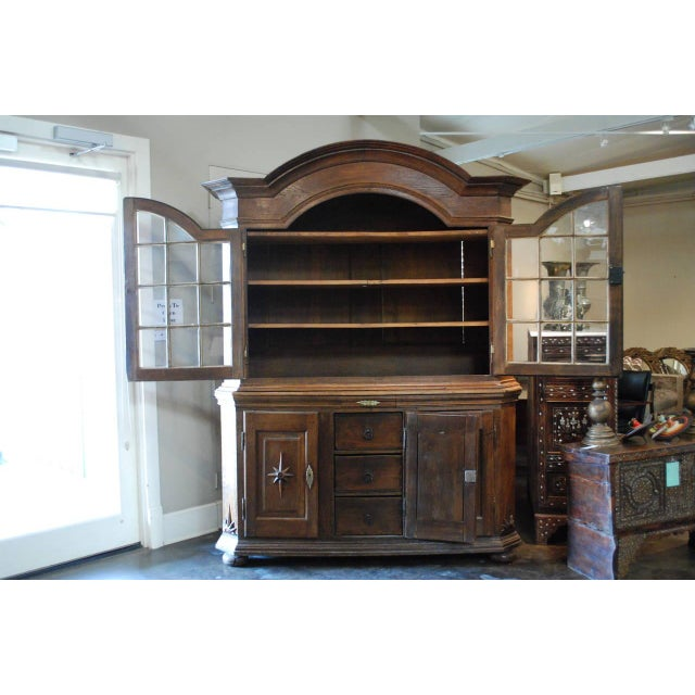 18th Century Baroque Dutch Display Cabinet For Sale - Image 5 of 7