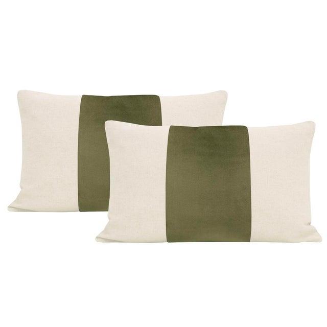"2010s 12"" X 18"" Bayleaf Velvet Panel & Linen Lumbar Pillows - a Pair For Sale - Image 5 of 5"