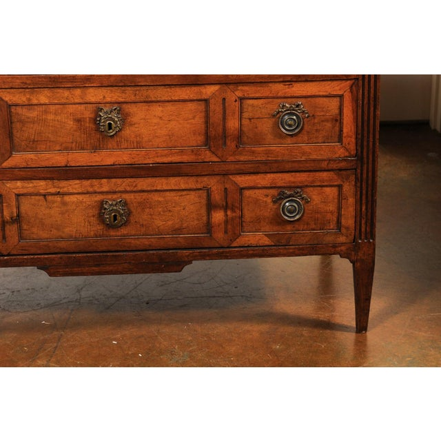 French Directoire Style 1860s Walnut Veneered Commode with Inlay and Fluting For Sale - Image 9 of 13