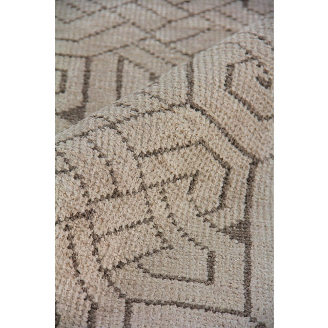 Cambrai Flatweave Wool Ivory/Gray Rug - 9'x12' For Sale In Los Angeles - Image 6 of 7