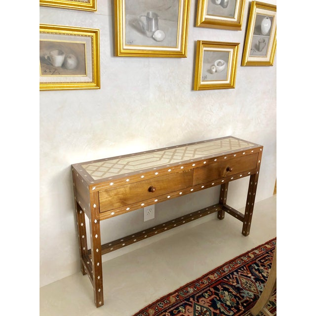 Contemporary Mother of Pearl Inlay Console Table With Marble Top For Sale - Image 4 of 12