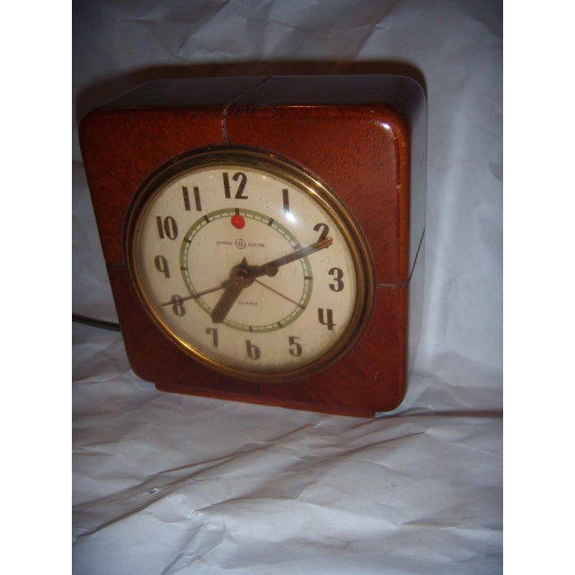 Art Deco Style General Electric Wood Alarm Clock - Image 4 of 9
