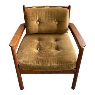 Mid Century Modern Walnut Lounge Chair For Sale
