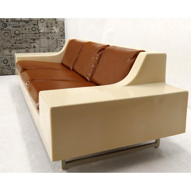 Mid-Century Modern 3-Seat Fiberglass Sofa With End Tables For Sale - Image 11 of 13