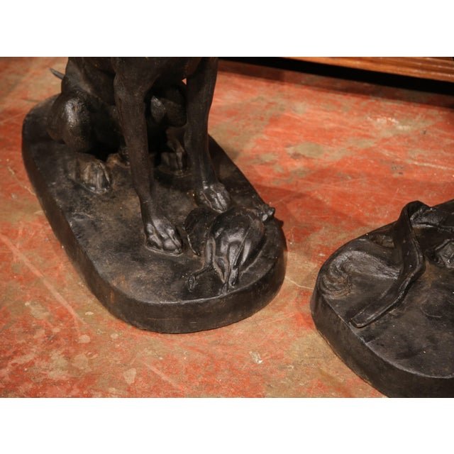 Iron Pair of Lifesize French Iron Hunting Labradors Retrievers after Jacquemart For Sale - Image 7 of 10