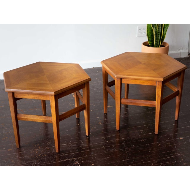 Vintage MCM Hexagon Side Tables by Drexel Heritage - a Pair For Sale In Chicago - Image 6 of 6