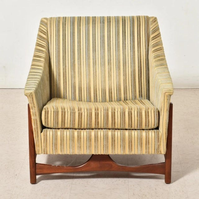 Folke Ohlsson was well-known for bringing the timeless charm of Scandinavian Modern to mid-century America. This all-...