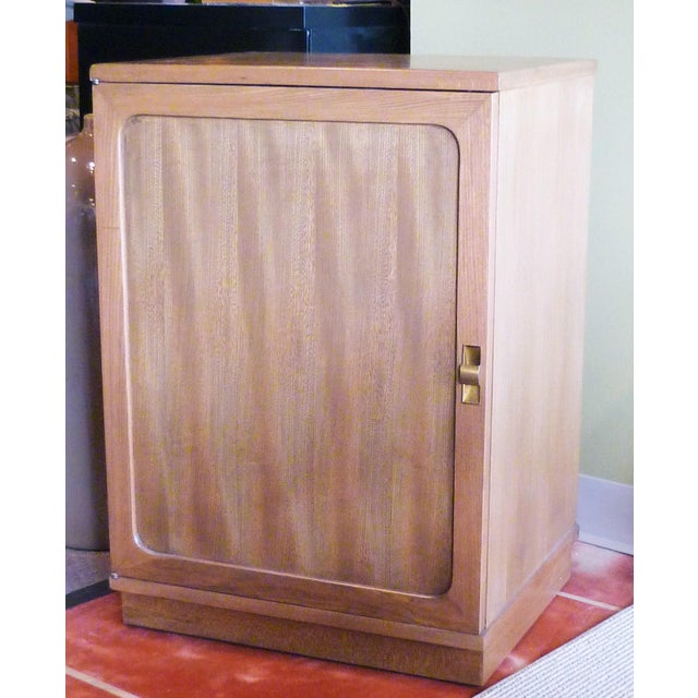 Late 1940s Edward Wornmley for Drexel Precedent Line Silver Elm Dry Bar Cabinet For Sale - Image 12 of 12