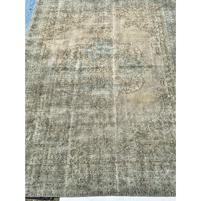 Textile 1920s Antique Turkish Distressed Rug- 6′1″ × 10′6″ For Sale - Image 7 of 12