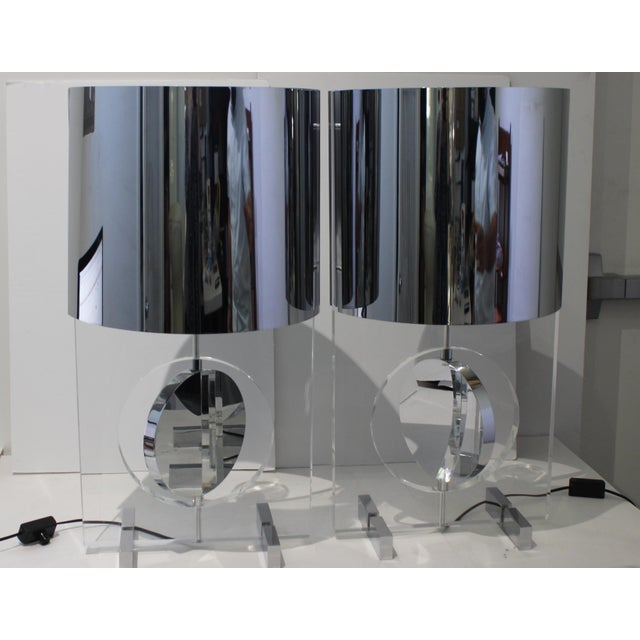 Mid-Century Modern Vintage Karl Springer Attributed Table Lamps Rotating Discs Lucite Chrome - a Pair For Sale - Image 3 of 11
